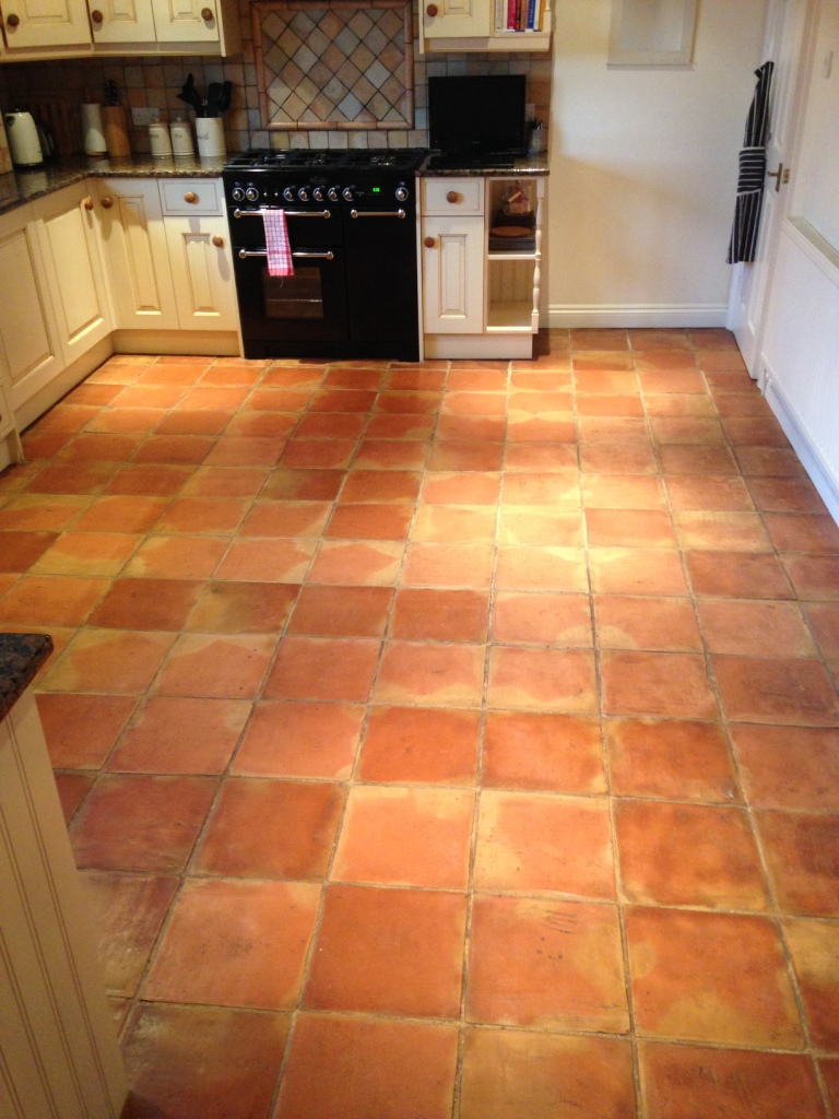 Stone cleaning and polishing tips for terracotta floors for Tiling kitchen floor