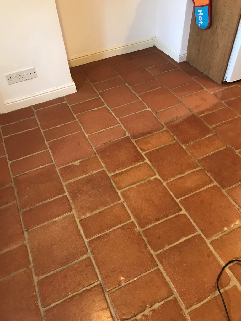Terracotta Tiled Floor Before Cleaning Symonds Yat Holiday Home